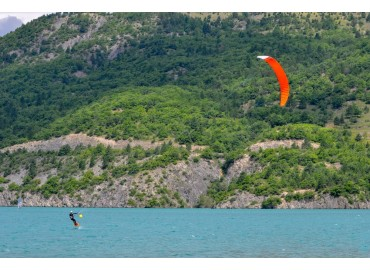 Wingfoil vs kitefoil - quali sono le differenze?