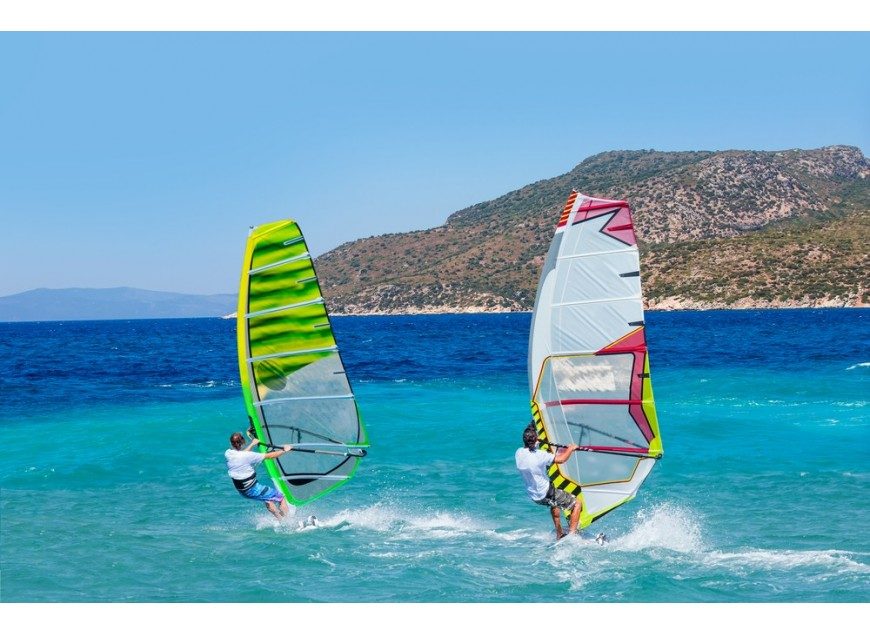Dove fare windsurf in Europa? Le mete imperdibili